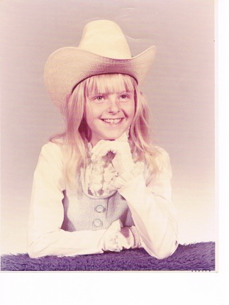 Pam age 10.jpeg