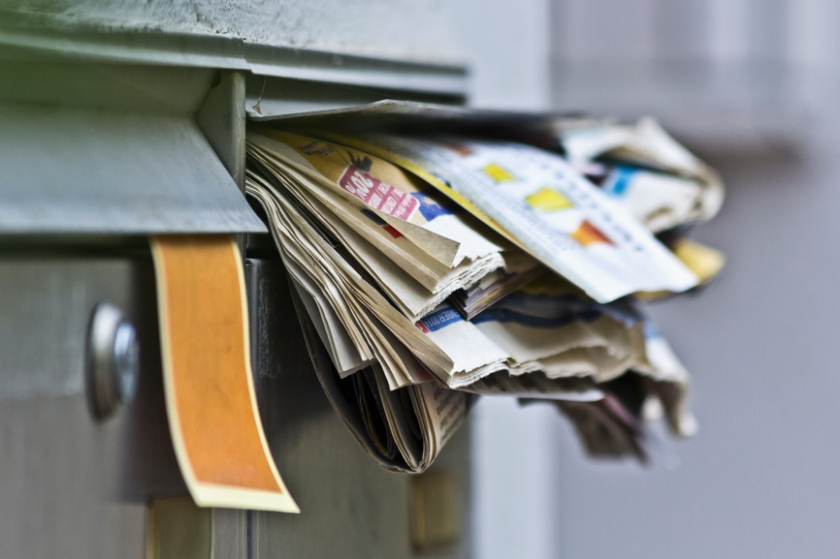 letters-in-mailbox-INF29089