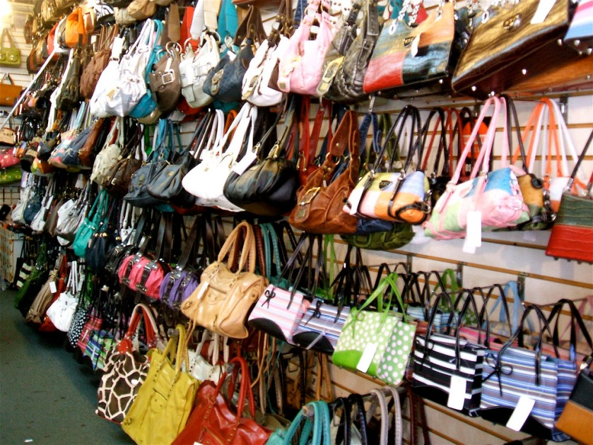 handbag-store-2714960770_32fb92f539_b
