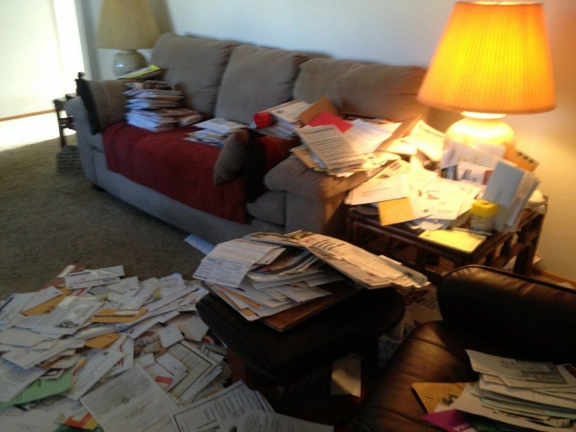 junk-mail-taking-over-living-room-14441424059_860503333a_b