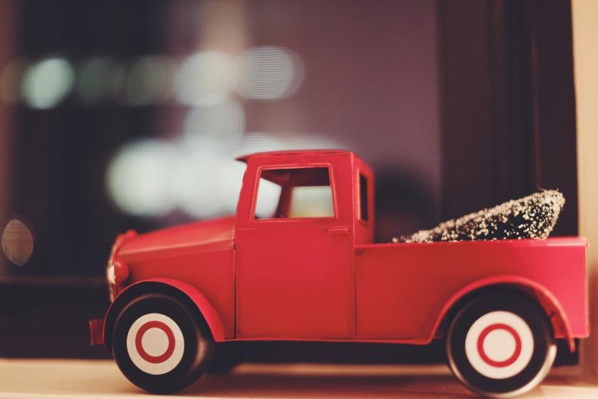 red-truck-recn8ob83ei-louis-magnotti